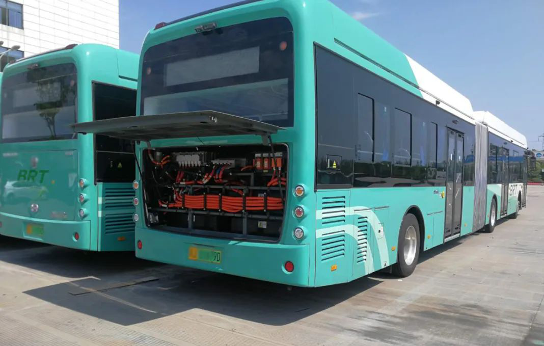 news-BIG MAC18-METER BATTERY ELECTRIC BUS USING VT MOTOR CONTROLLERS 2020-05-18 READ MORE-VT Technol